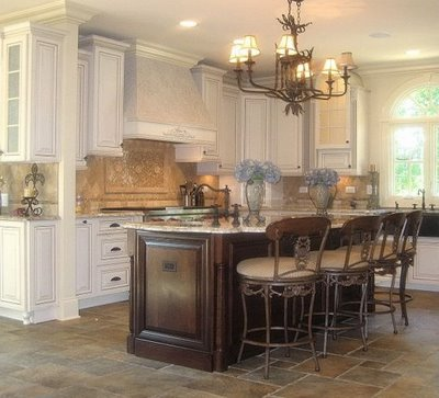 White kitchen 2