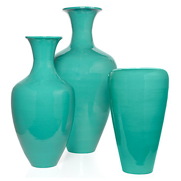 Lacquer-vases-aquamarine-121832640