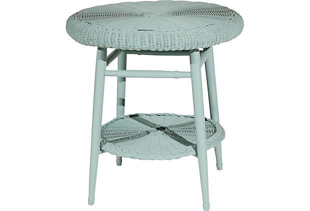 OKL Wicker table